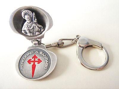 Llavero doble concha busto y cruz