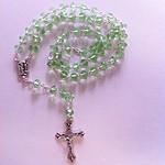 Rosario de Cristal verde esperanza